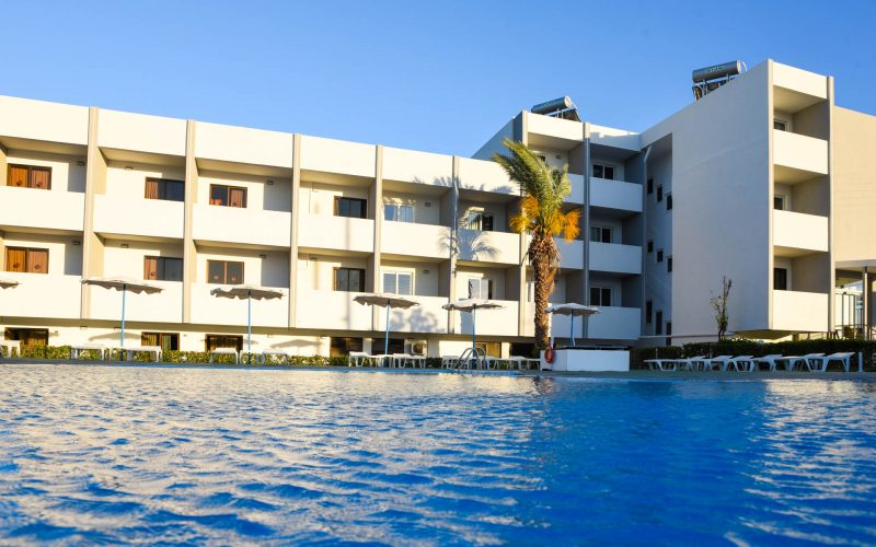 rhodes-faliraki-hotel-tsampika-rooms-studios-pool (27)