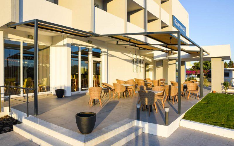 rhodes-faliraki-hotel-tsampika-rooms-studios-pool (37)