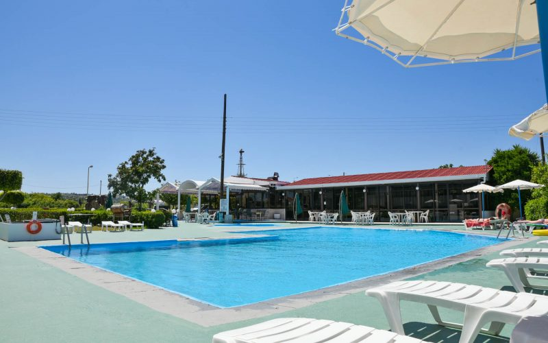 rhodes-faliraki-hotel-tsampika-rooms-studios-pool (4)