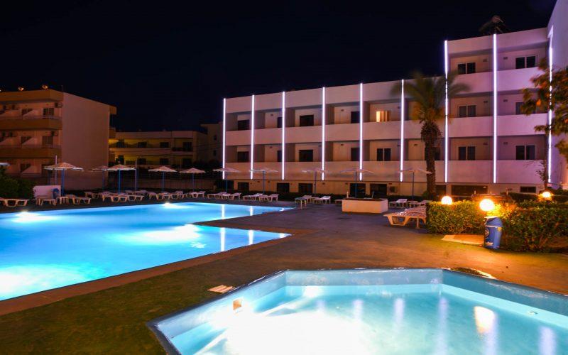 rhodes-faliraki-hotel-tsampika-rooms-studios-pool (54)
