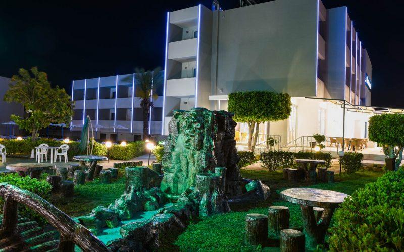 rhodes-faliraki-hotel-tsampika-rooms-studios-pool (61)