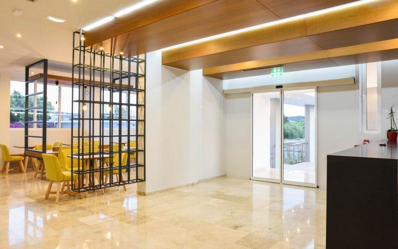 rhodes-faliraki-hotel-tsampika-rooms-studios-reception-bar (25)