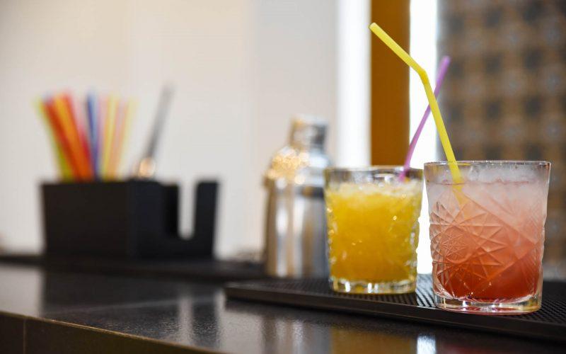 rhodes-faliraki-hotel-tsampika-rooms-studios-reception-bar (32)