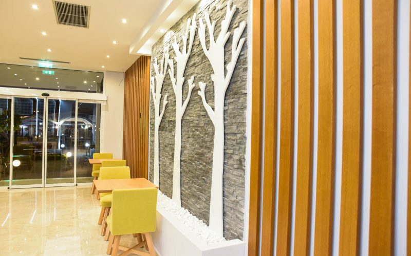 rhodes-faliraki-hotel-tsampika-rooms-studios-reception-bar (42)